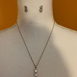 Silver tone necklace w/S pendant with 2 crystals
